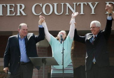Kim Davis , Victim of intolerance , oppression and anti democracy
