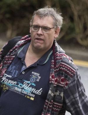 English Man accused of €8.5k social welfare theft