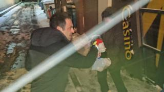 O'Sullivan buys food for homeless man in snow