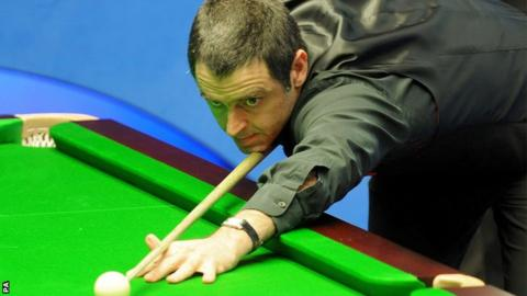 Tyson Fury brings snooker star Ronnie O'Sullivan into his support team