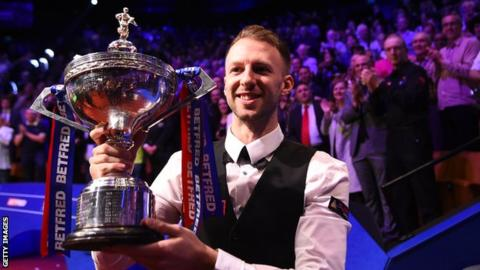 Brilliant Trump wins first world title - videos & report