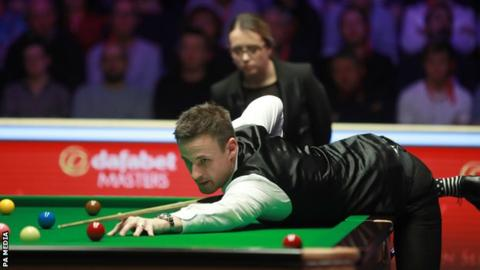Gilbert makes 144 break in beating Maguire to reach Masters semi-final
