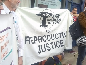Who is ARN and ENAR and why do they support repeal of the 8th