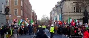Hundreds turn out for Free Speech Rally in Dublin