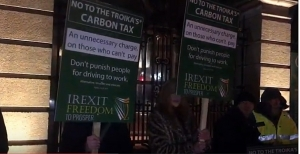 Dublin : Irish Freedom Party holds anti carbon tax protest at Dail