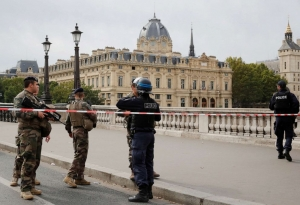 Paris : Four Police employees murdered by colleague in office Terror Attack