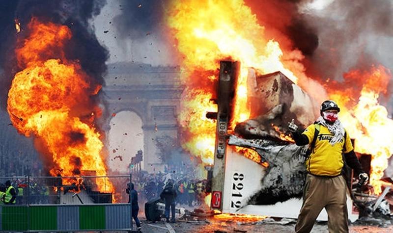 paris-riots-fu