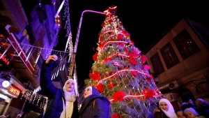 Syria celebrates christmas in style as war comes to end