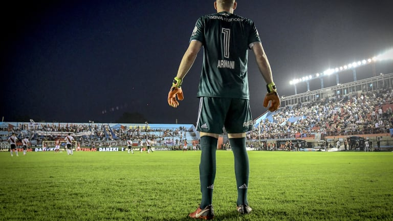 Islas: Armani has to start over Romero