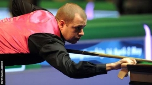 Hawkins beats Saengkham to reach Welsh Open final