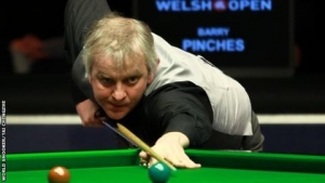 Q School: Barry Pinches faces Luke in father-and-son battle of the baize