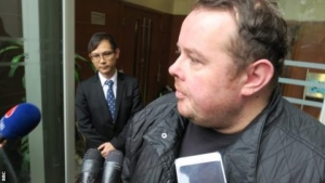 Stephen Lee: Banned snooker player avoids prison in Hong Kong