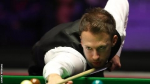 World Grand Prix: Judd Trump beats Tom Ford to reach quarter-finals