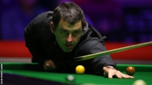 Welsh Open: Ronnie O'Sullivan and Mark Selby through to second round