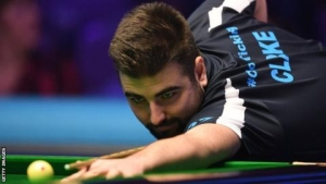 Snooker Shoot Out: Jamie Clarke through to semi-finals