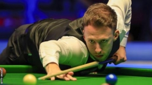 Tour Championship: Judd Trump, Ronnie O'Sullivan, Neil Robertson & Mark Allen progress