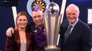 Barry Hearn: Darts & snooker boss praises NHS after recovery from heart attack