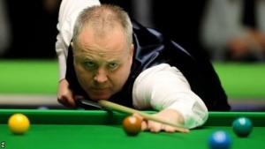 Scottish Open: John Higgins beats Jack Lisowski to reach second round