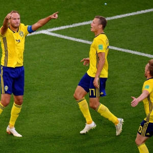 Powerhouse Sweden overrun Mexico